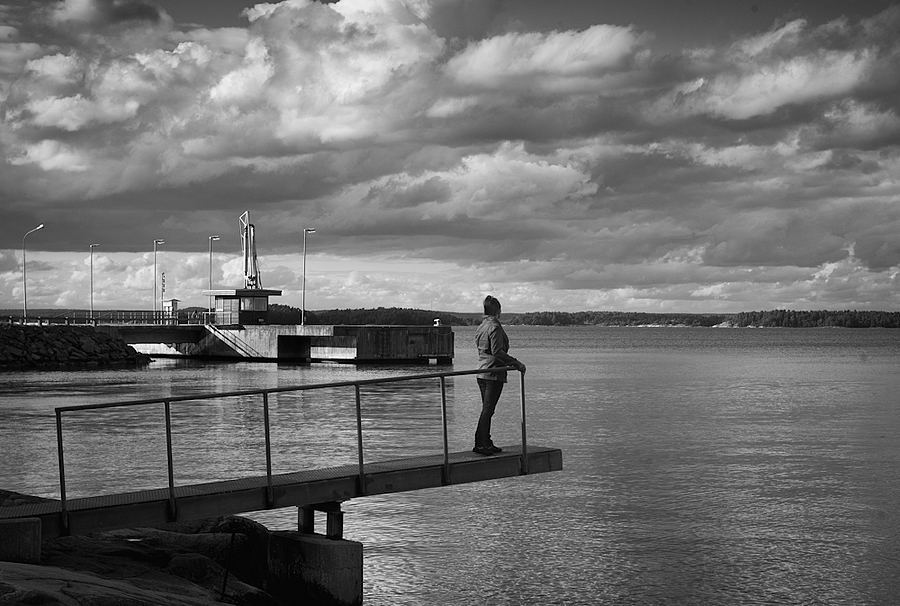Deserted port | LEICA ELMARIT 28MM F2.8 <br> Click image for more details, Click <b>X</b> on top right of image to close