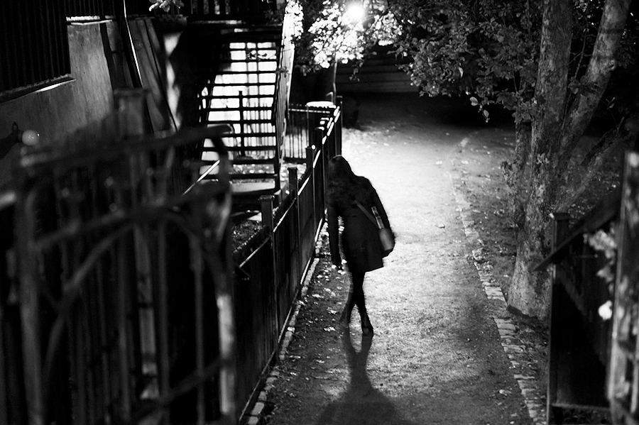 Stumbling home | LEICA SUMMILUX-M 1:1.4/50 ASPH <br> Click image for more details, Click <b>X</b> on top right of image to close