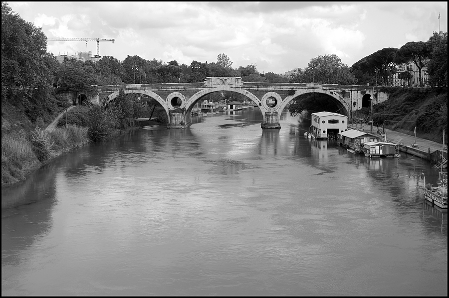 Roma: ponte Matteotti | LENS MODEL NOT SET <br> Click image for more details, Click <b>X</b> on top right of image to close